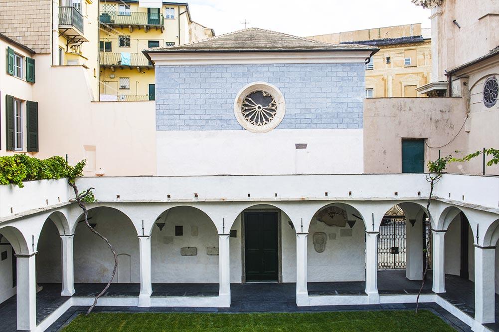 Chiostro francescano - Cattedrale di Savona